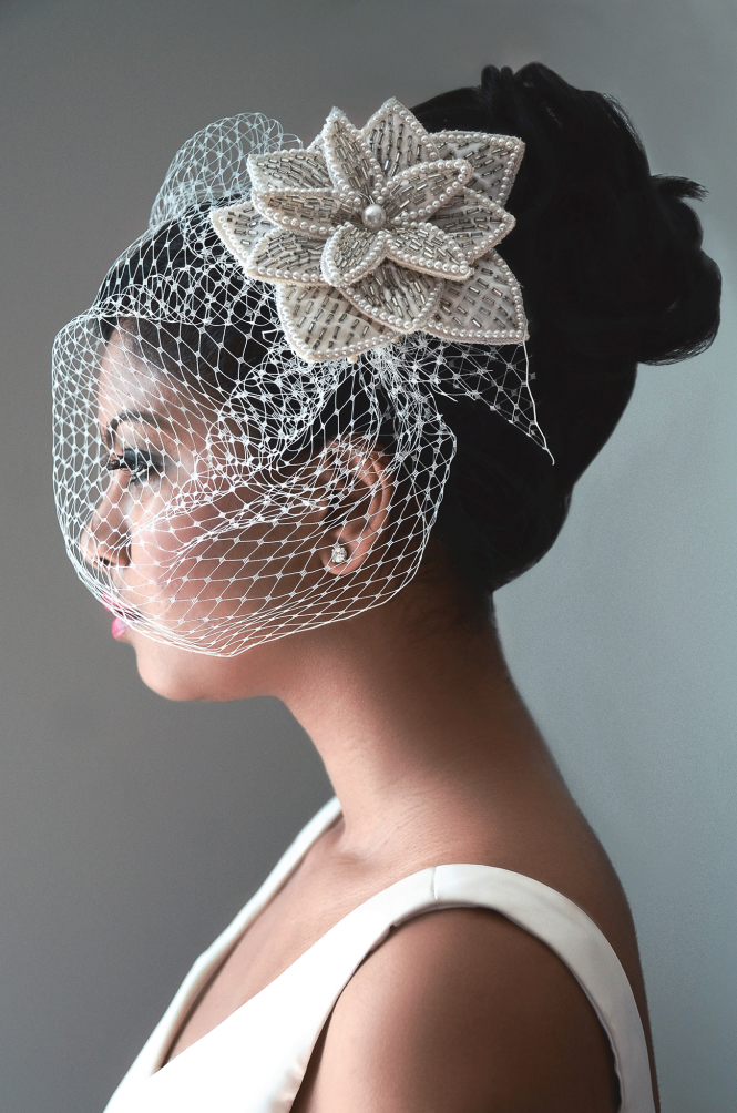 Vintage-bird-cage-veil-by-ilieana-george-couture